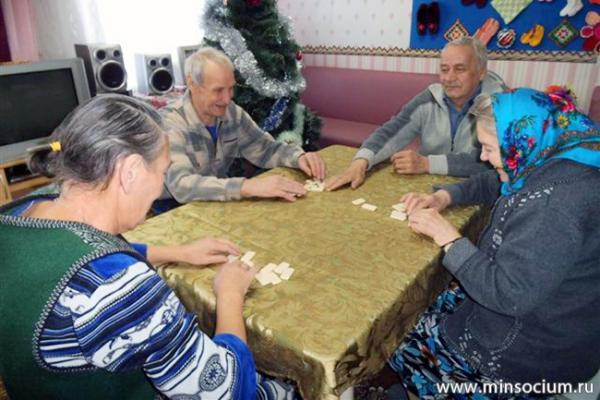 «Новогоднюю эстафету» для пожилых граждан организовали в Дальнеконстантиновском доме-интернате