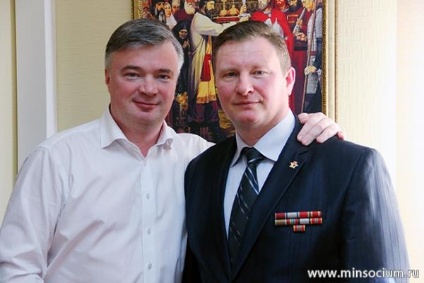 Артем Кавинов обсудил вопросы формирования доступной среды с председателем общественной организации «Инвалиды войны»