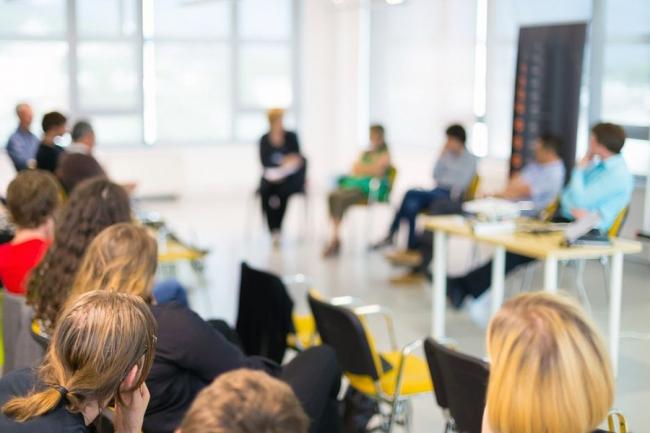 Развитие социального партнерства с некоммерческими общественными организациями обсудили на круглом столе