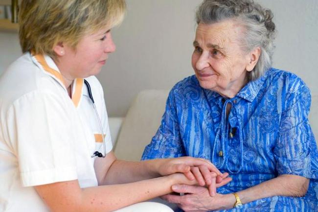 Министерство социальной политики подвело предварительные итоги месяца пожилого человека