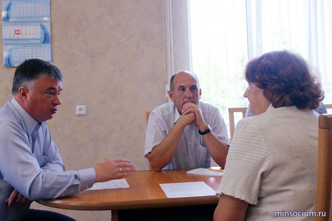 В Ветлужском районе Артём Кавинов провел личный приём граждан